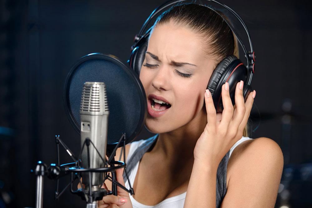 Как сделать голос девушка