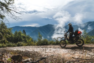 4 Destinasi Favorit Para Pecinta Touring