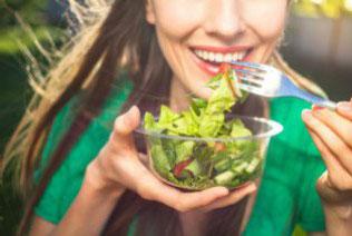 5 Jenis Makanan yang Bikin Kulit Sehat