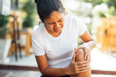 6 Gejala Radang Sendi Lutut dan Cara Mencegahnya