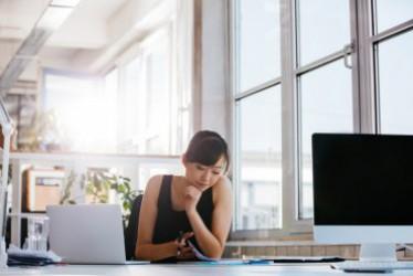 6 Tips Agar Tetap Segar Ngantor Setelah Kerja Lembur