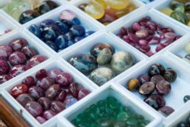 Bagaimana Cara Memilih dan Merawat Batu Akik yang Bagus?