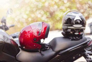 Cara Merawat Helm Agar Tidak Bau