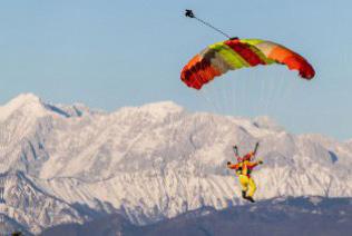 Destinasi Liburan Wajib untuk Para Adrenaline Junkie