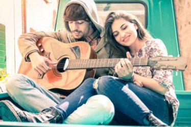 Ini 7 Musisi Paling Romantis
