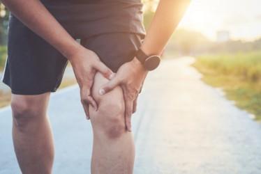 Penting, Ini Bahayanya Jika Membiarkan Nyeri Lutut Terlalu Lama
