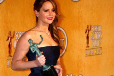 Rahasia Kulit Cantik Jennifer Lawrence