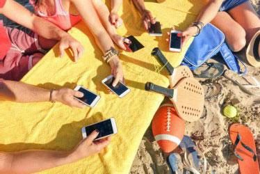 Atasi Adiksi pada Smartphone dengan Cara Ini