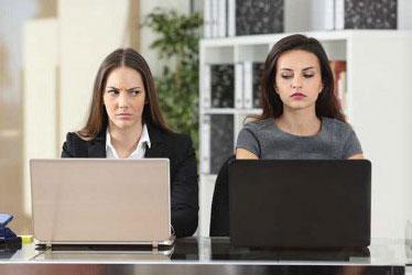 5 Tipe Kolega Kantor yang Menyebalkan dan Trik Menghadapinya